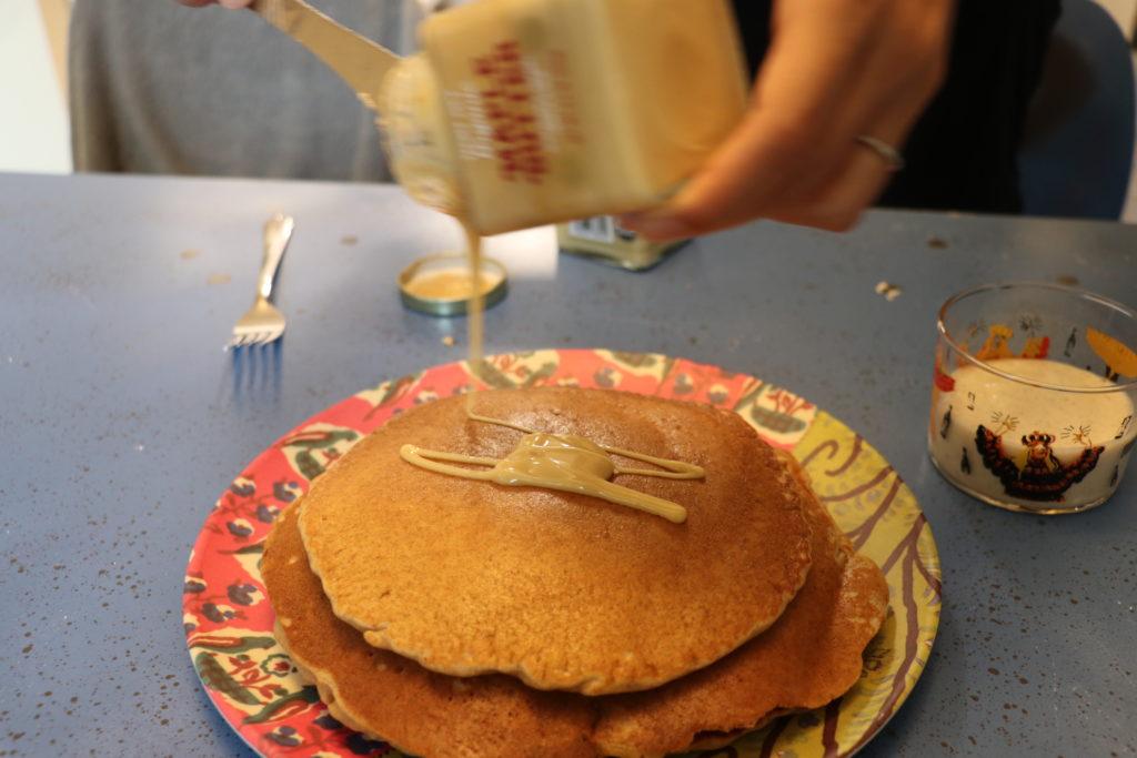 メープルバターとパンケーキ