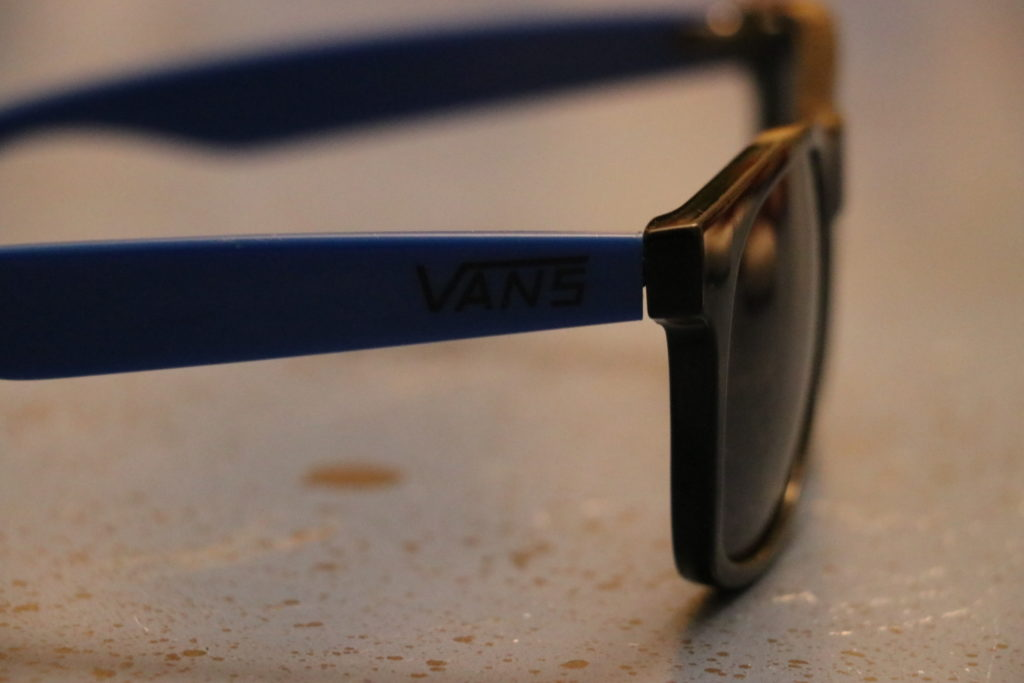 VANSのサングラス