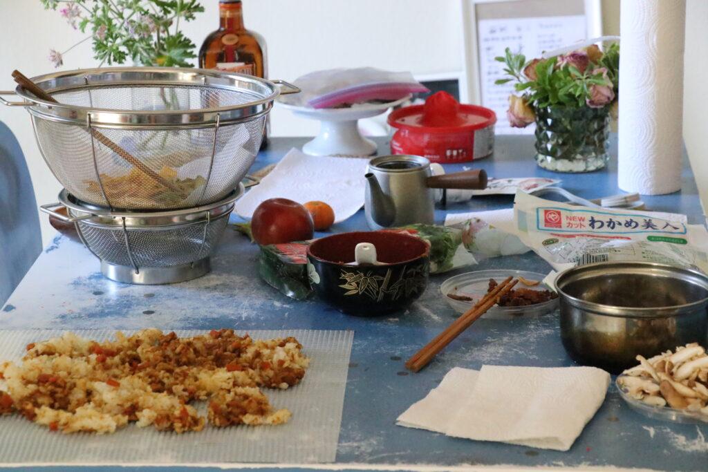 食品乾燥機、フードドライヤー、ドライフード作り、カレー、うどん、カニカマ雑炊、チキンジャーキー、ささみ
