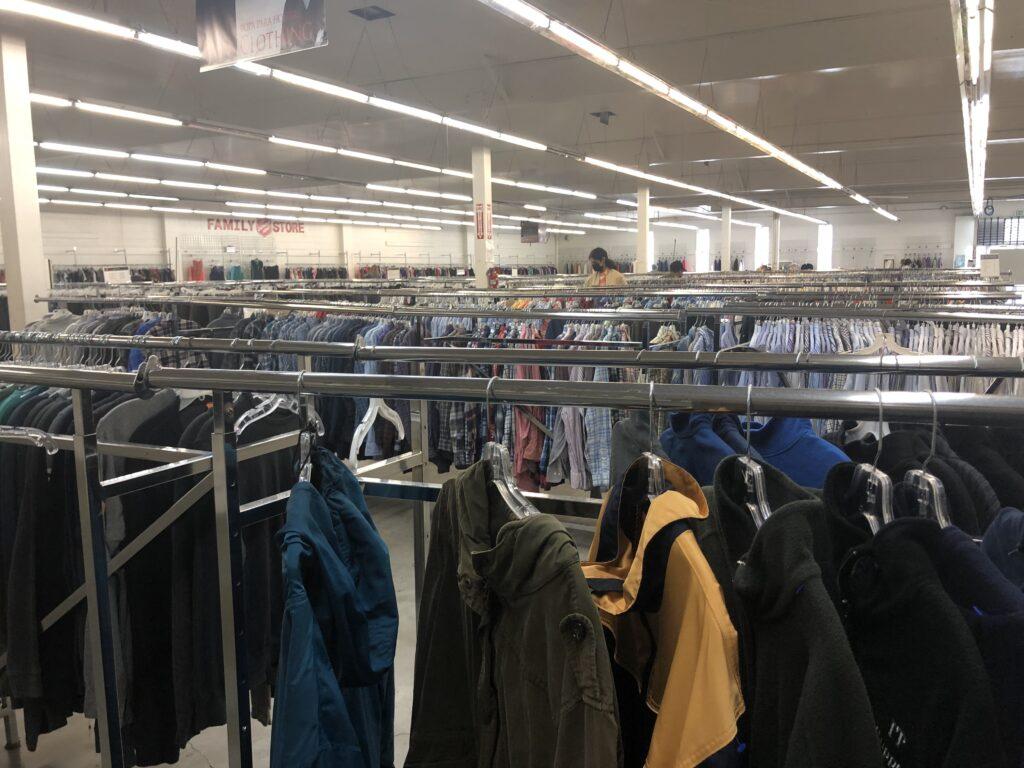 スリフトストア、アメリカ、古着、Good will、The Salvation Army family thrift store