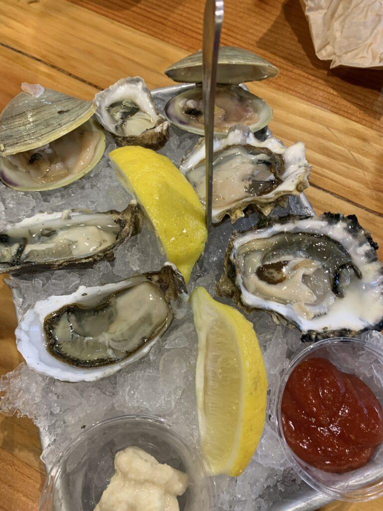 New England Lobster Market&Eatery、ロブスター、オイスター、クラム、クラムチャウダー、サンフランシスコ空港